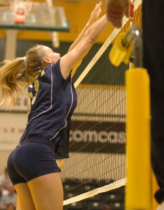 Sexy Volleyball Girls ? Sexy-Volley-Girls-01